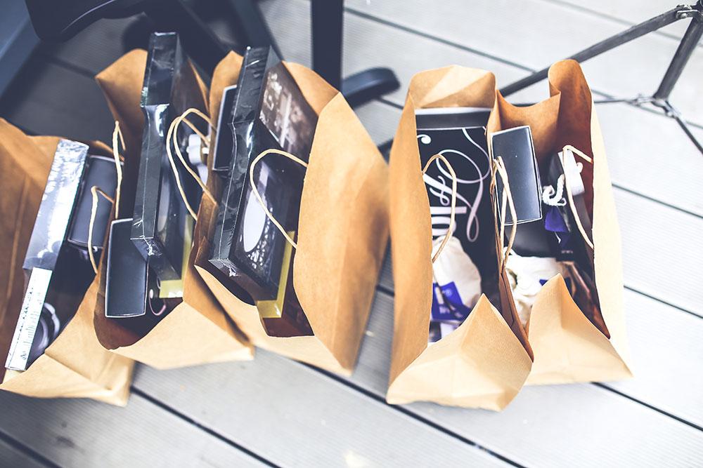5 razloga zašto biste u 2018. trebali otvoriti web shop, online shop ili online prodavnicu/trgovinu? 1 Web • Graphic • Logo • Design • Hosting • Domene • Video